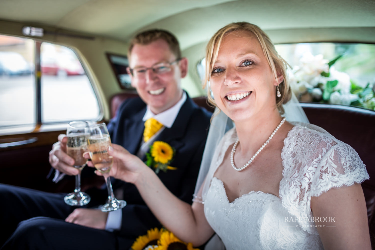 minstrel court wedding royston cambridge hertfordshire wedding photographer-1250.jpg