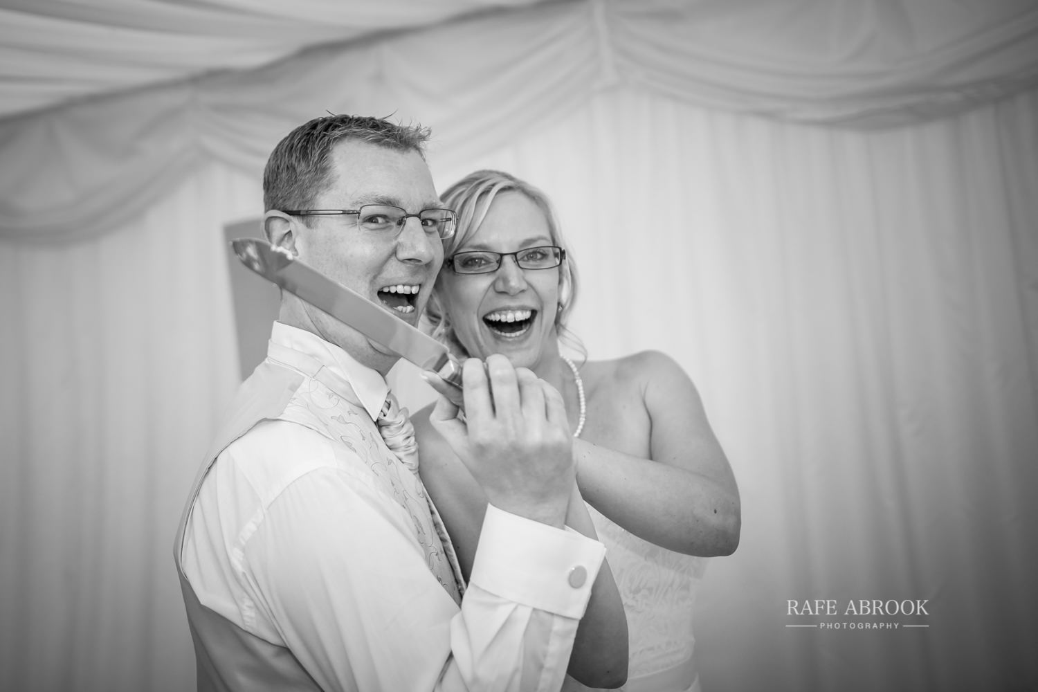 minstrel court wedding royston cambridge hertfordshire wedding photographer-1409.jpg