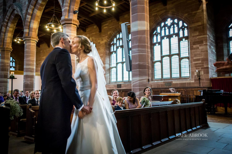 the priory barn wedding little wymondley hitchin hertfordshire wedding photographer-1235.jpg