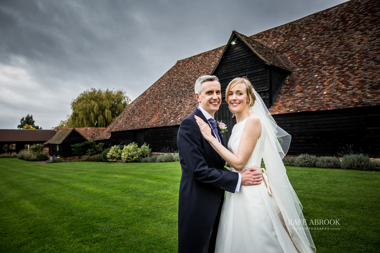 the priory barn wedding little wymondley hitchin hertfordshire wedding photographer-1476.jpg