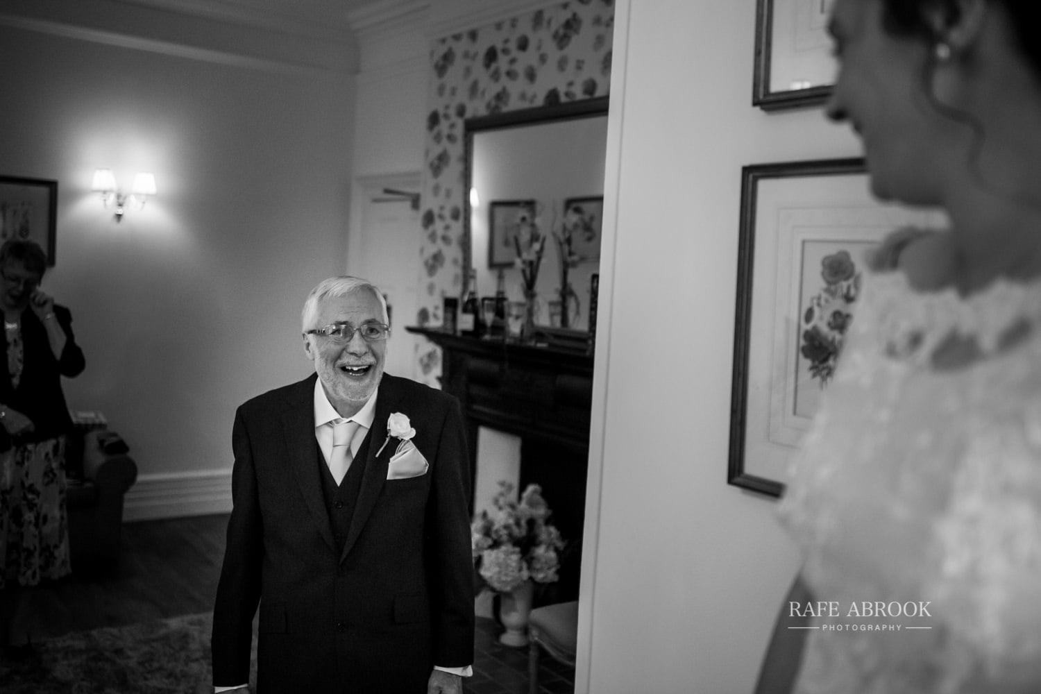 woodland manor hotel clapham bedford wedding hertfordshire wedding photographer-1043.jpg