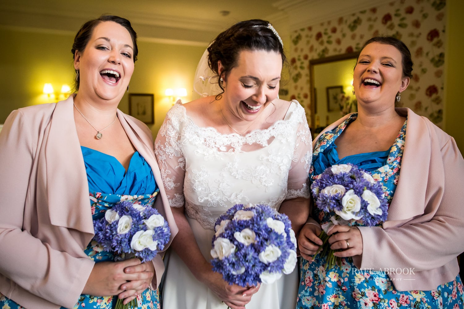 woodland manor hotel clapham bedford wedding hertfordshire wedding photographer-1059.jpg
