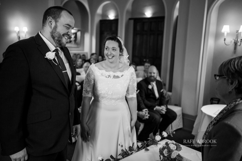 woodland manor hotel clapham bedford wedding hertfordshire wedding photographer-1081.jpg