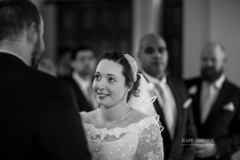 woodland manor hotel clapham bedford wedding hertfordshire wedding photographer-1087.jpg