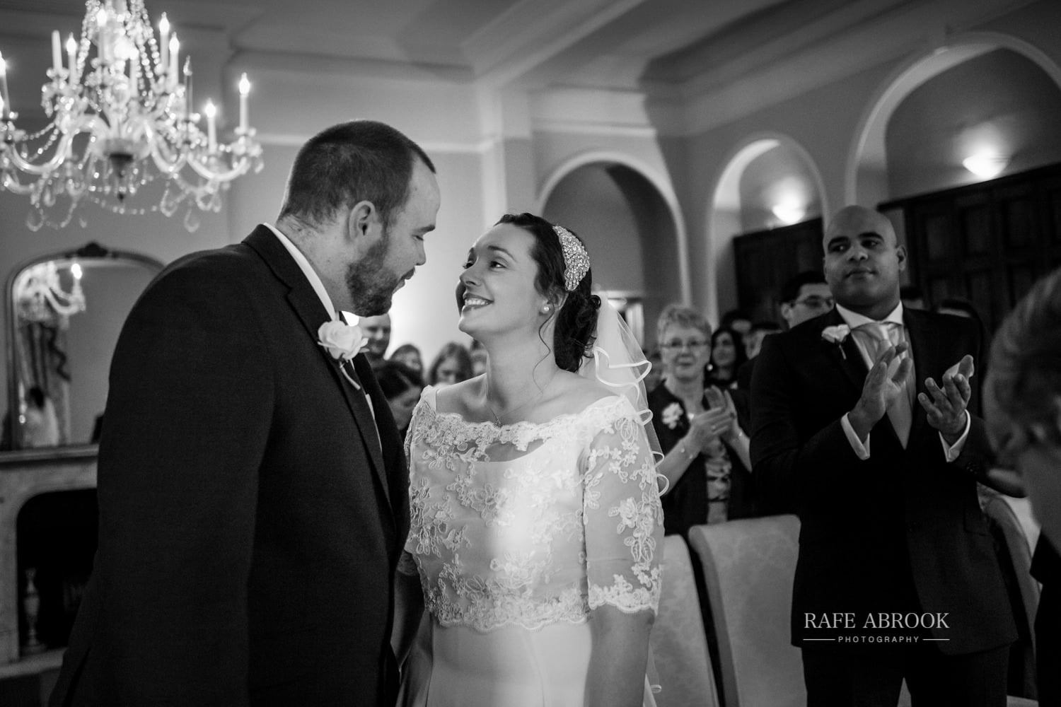 woodland manor hotel clapham bedford wedding hertfordshire wedding photographer-1096.jpg