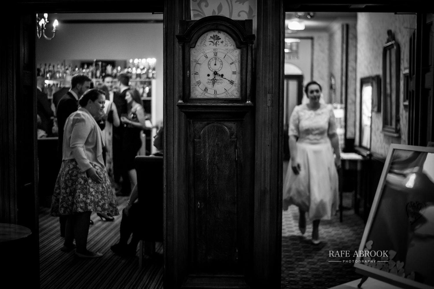 woodland manor hotel clapham bedford wedding hertfordshire wedding photographer-1194.jpg