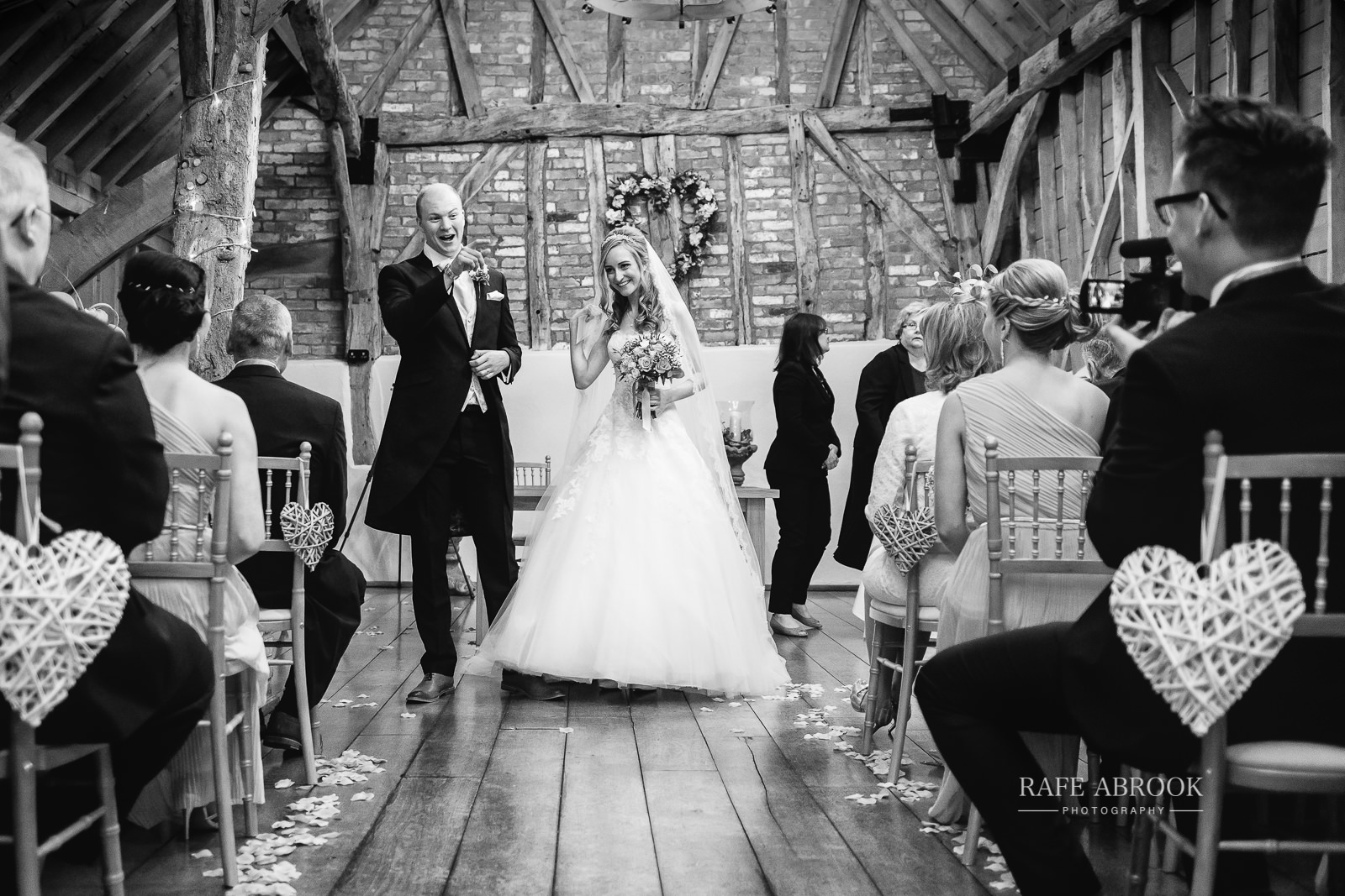bassmead manor barns wedding st neots cambridgeshire hertfordshire wedding photographer rafe abrook-1406.jpg
