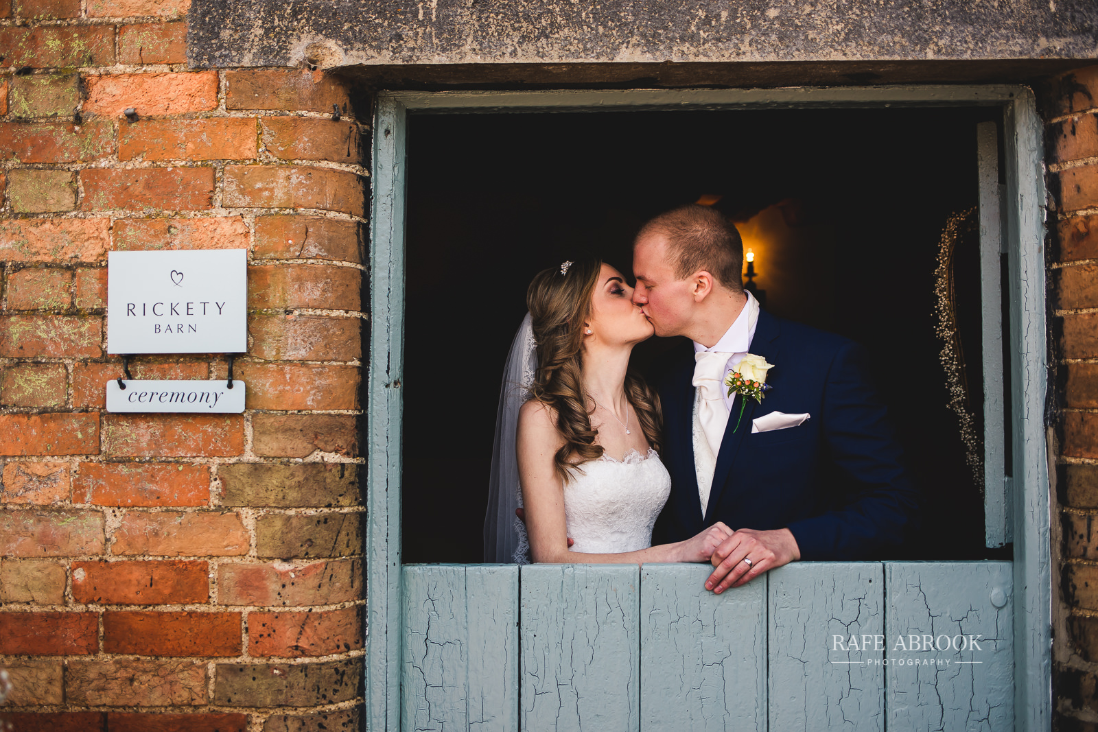 bassmead manor barns wedding st neots cambridgeshire hertfordshire wedding photographer rafe abrook-1428.jpg