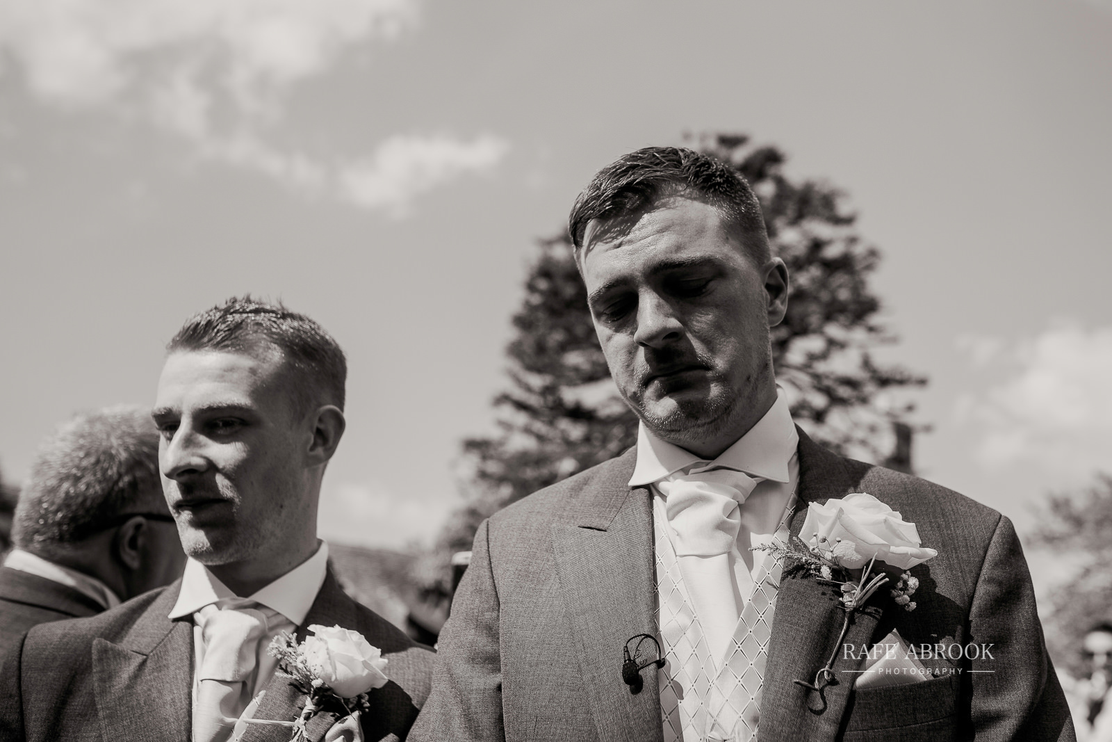 south farm wedding royston hertfordshire wedding photographer rafe abrook photography-1487.jpg