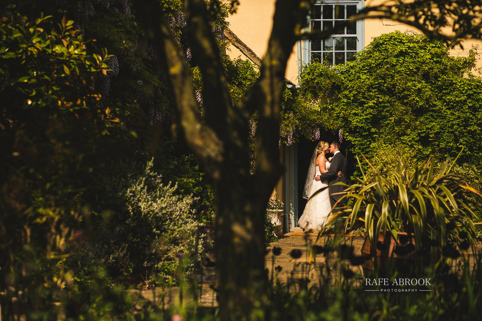 south farm wedding royston hertfordshire wedding photographer rafe abrook photography-1614.jpg