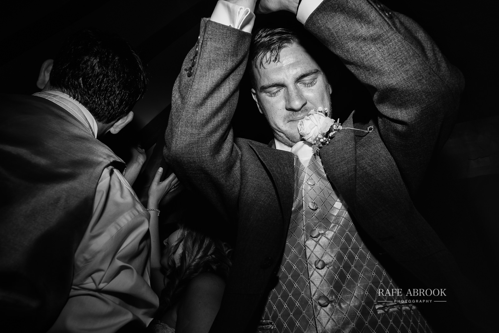 south farm wedding royston hertfordshire wedding photographer rafe abrook photography-2047.jpg