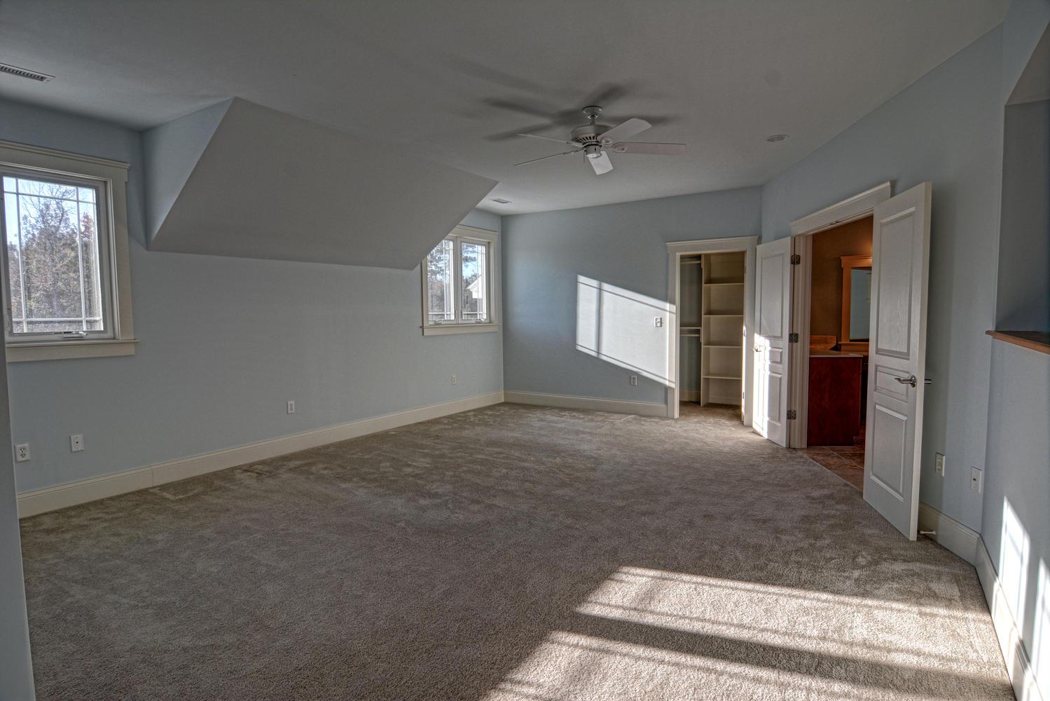110 Saltwater Landing Dr-large-014-Master bedroom-1499x1000-72dpi.jpg