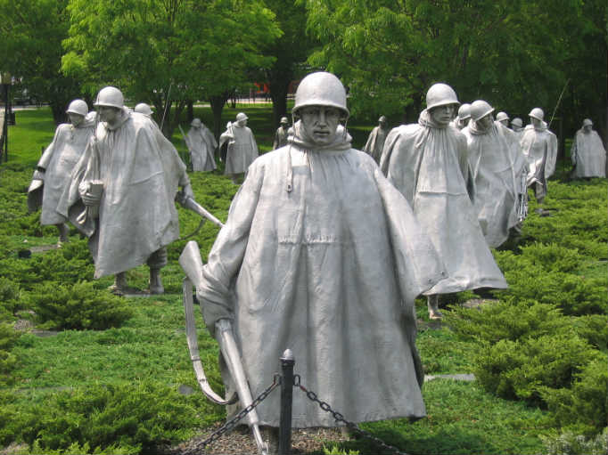 2009_05_15_057_Korean_war_memorial__Washington_architecture_statues.jpg