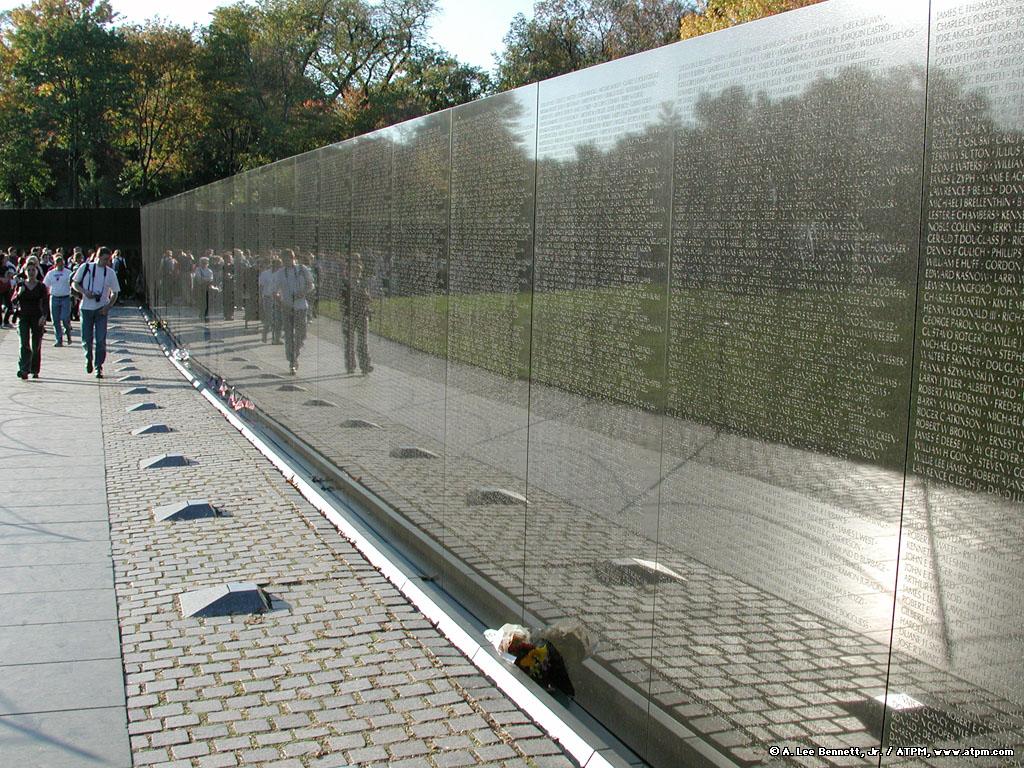 4-vietnam-memorial.jpg