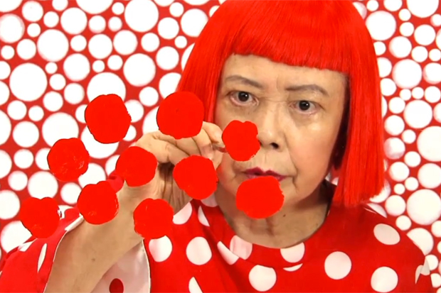 louis-vuitton-and-the-polka-dot-pattern-by-yayoi-kusama-japanese-pop-art-icon-1358532230-7.jpg