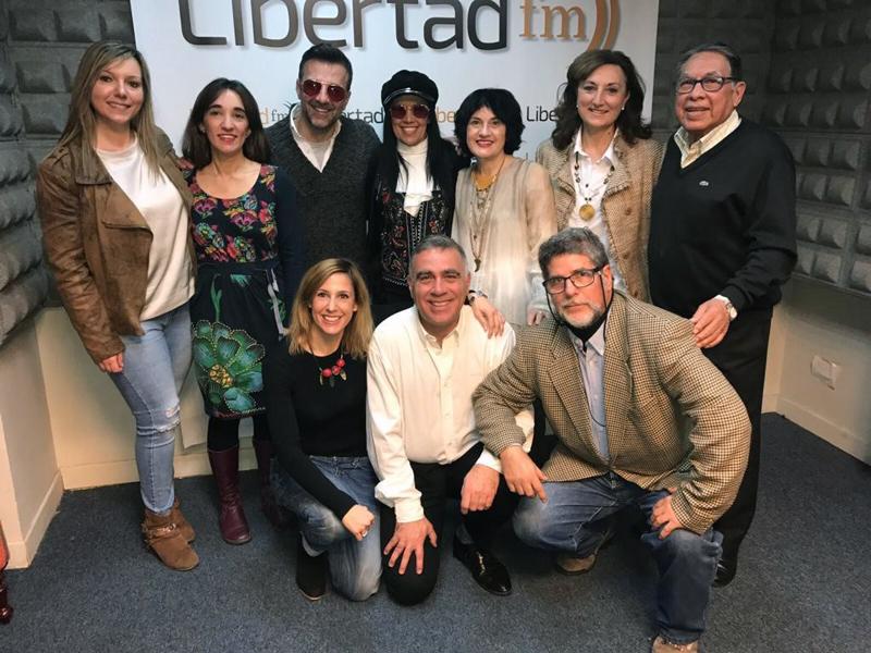 5. grupal radio libertad.jpg
