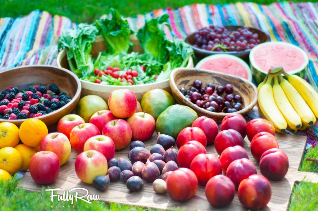 Eat the rainbow! Photo courtesy of fullyraworganic.com