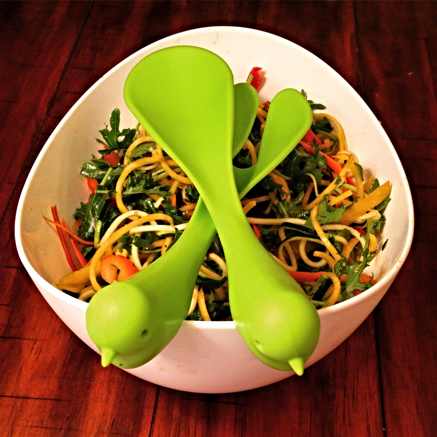 Love my sparrow serving bowl. Fun & Fresh Thai Salad.