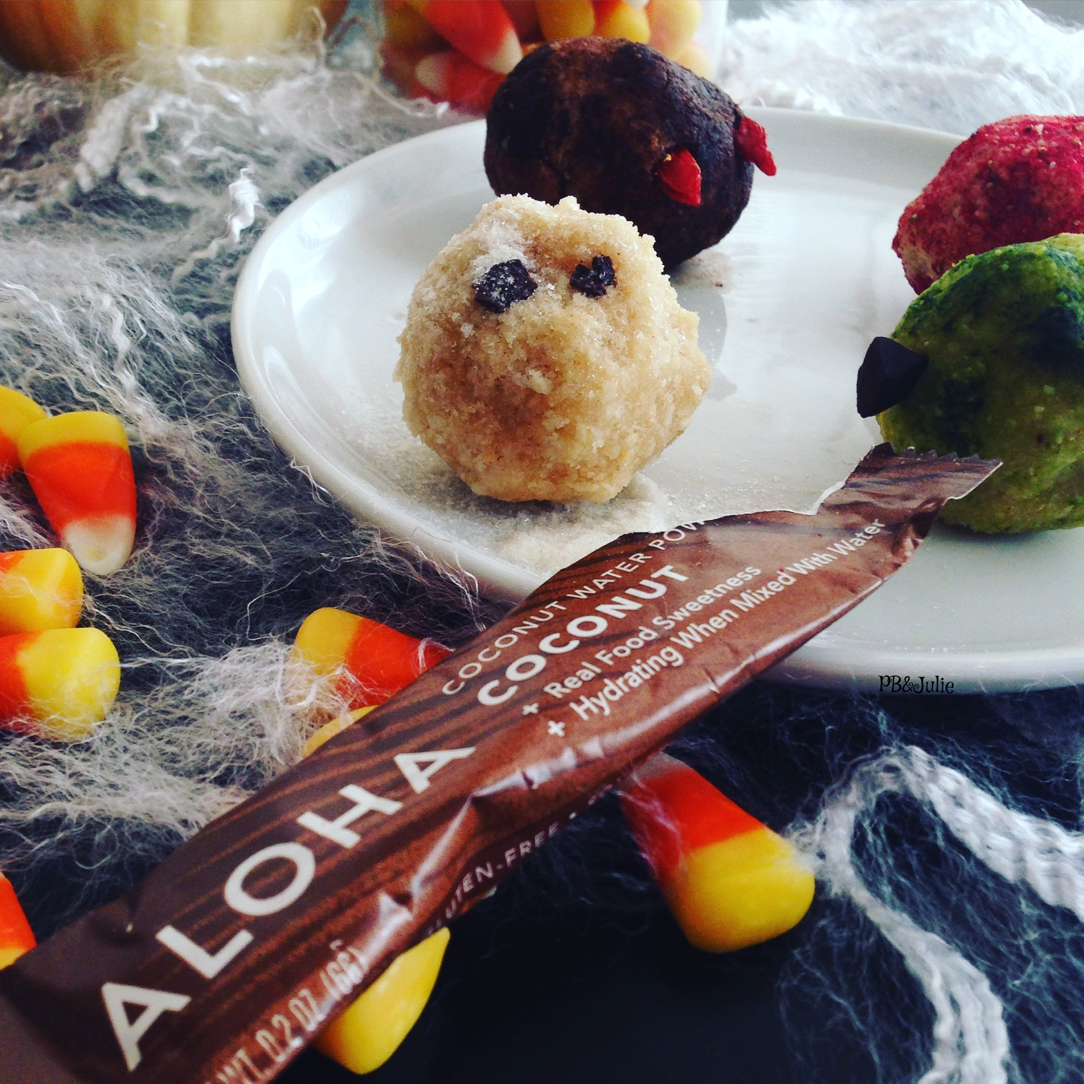 ALOHA Coconut Water Powder makes a great substitute for refined, white powdered sugar in these spooky bites.