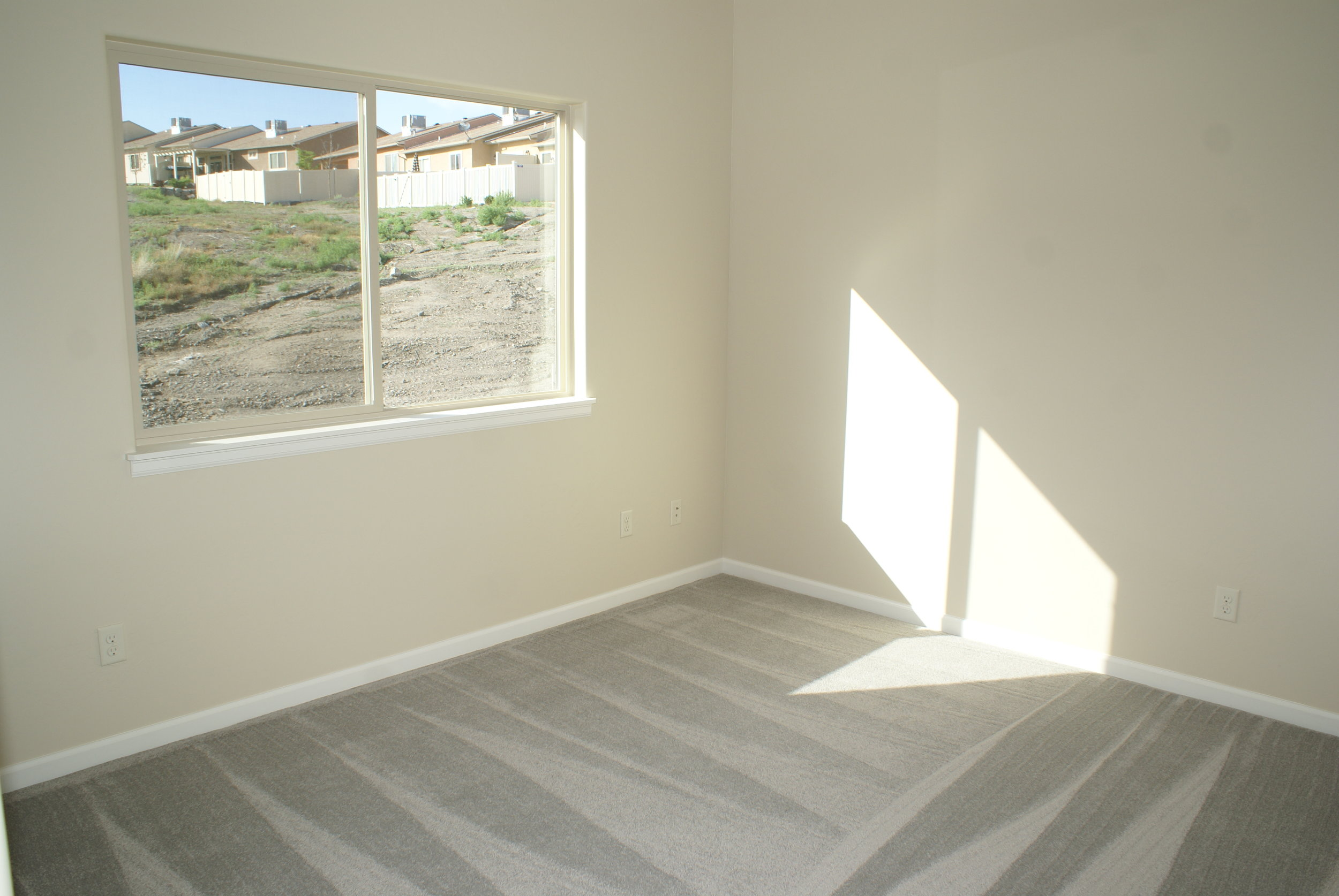 m Guest Room 2.JPG