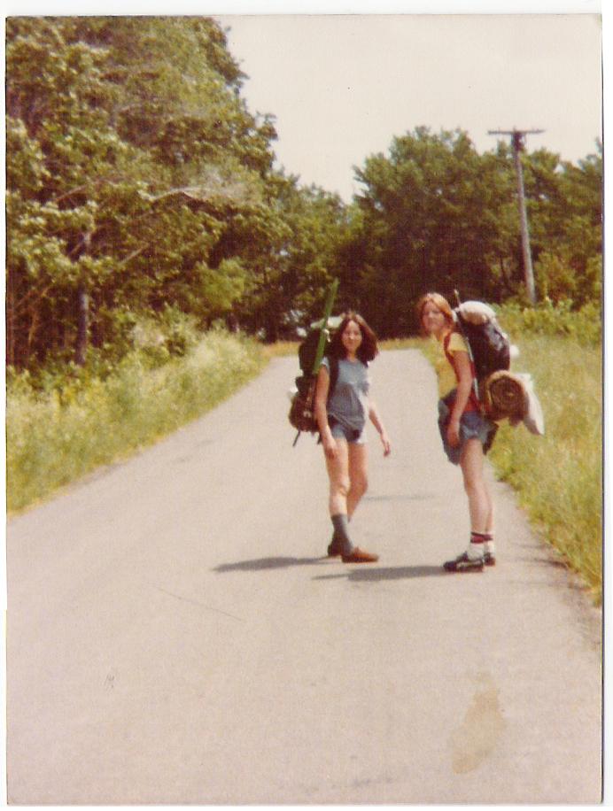 1979_Denise_and_Lisa_Dobroslavic_Cottage_Hill.jpg