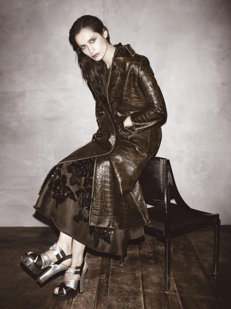 Christy-Turlington-Prada-AW-Campaign-fashionado