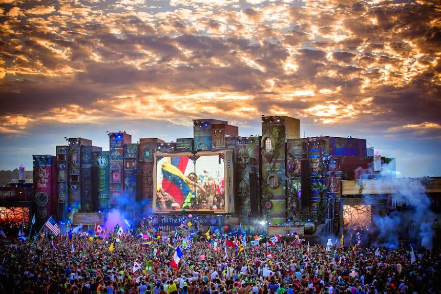 tomorrowworld-fashionado