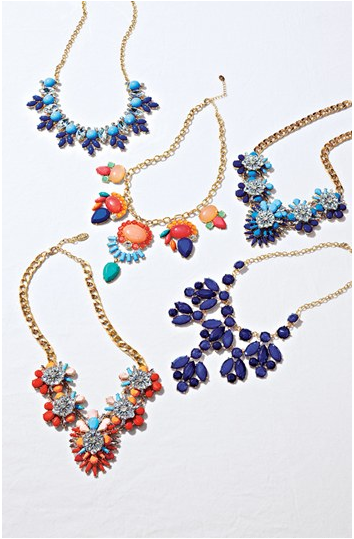 statement-necklaces-fashionado