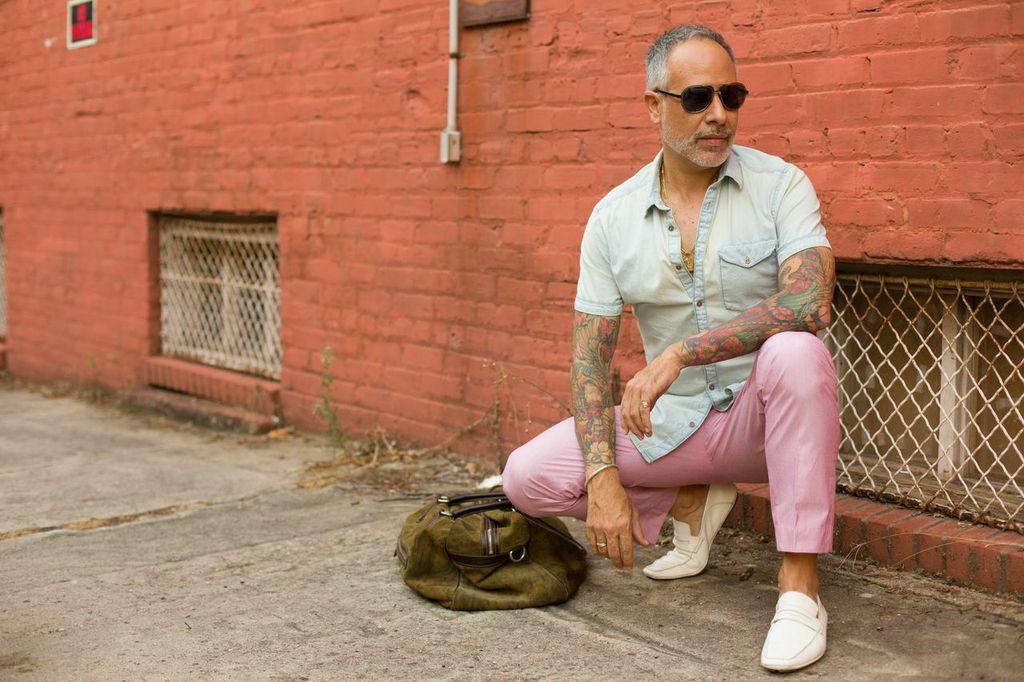 Photo shoot. Wearing Cole Haan, H&M, Etro, Dolce & Gabbana. Photographer: Tomas Espinoza.