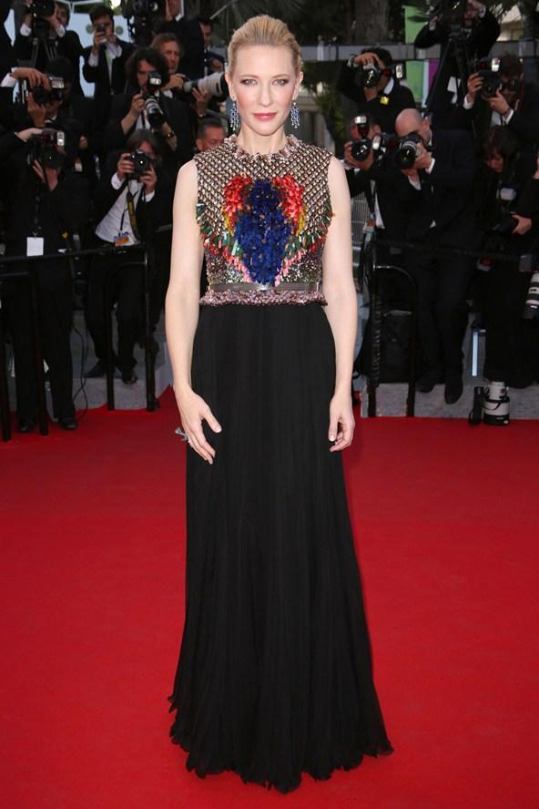 Cate-Blanchett-Vogue-19May14-Rex_b_592x888.jpg