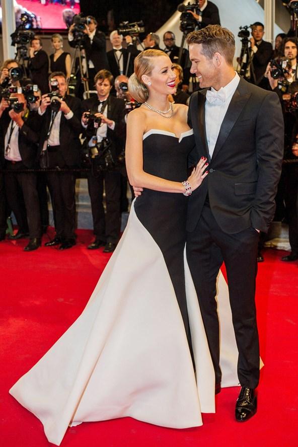 Blake-Lively-Ryan-Reynolds-Vogue-19May14-Rex_b_592x888.jpg