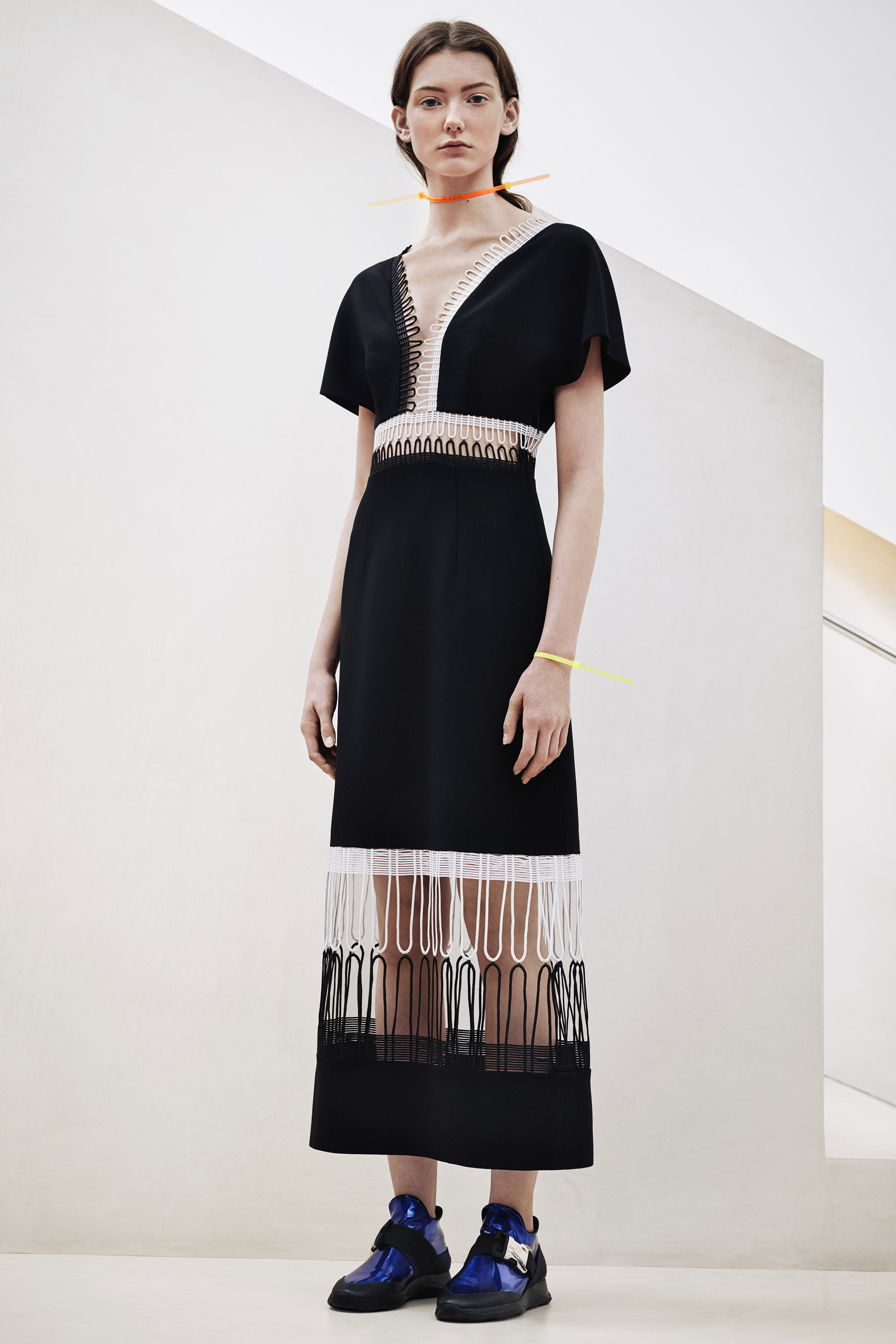 christopher-kane-pre-fall-2016-lookbook-02.jpg