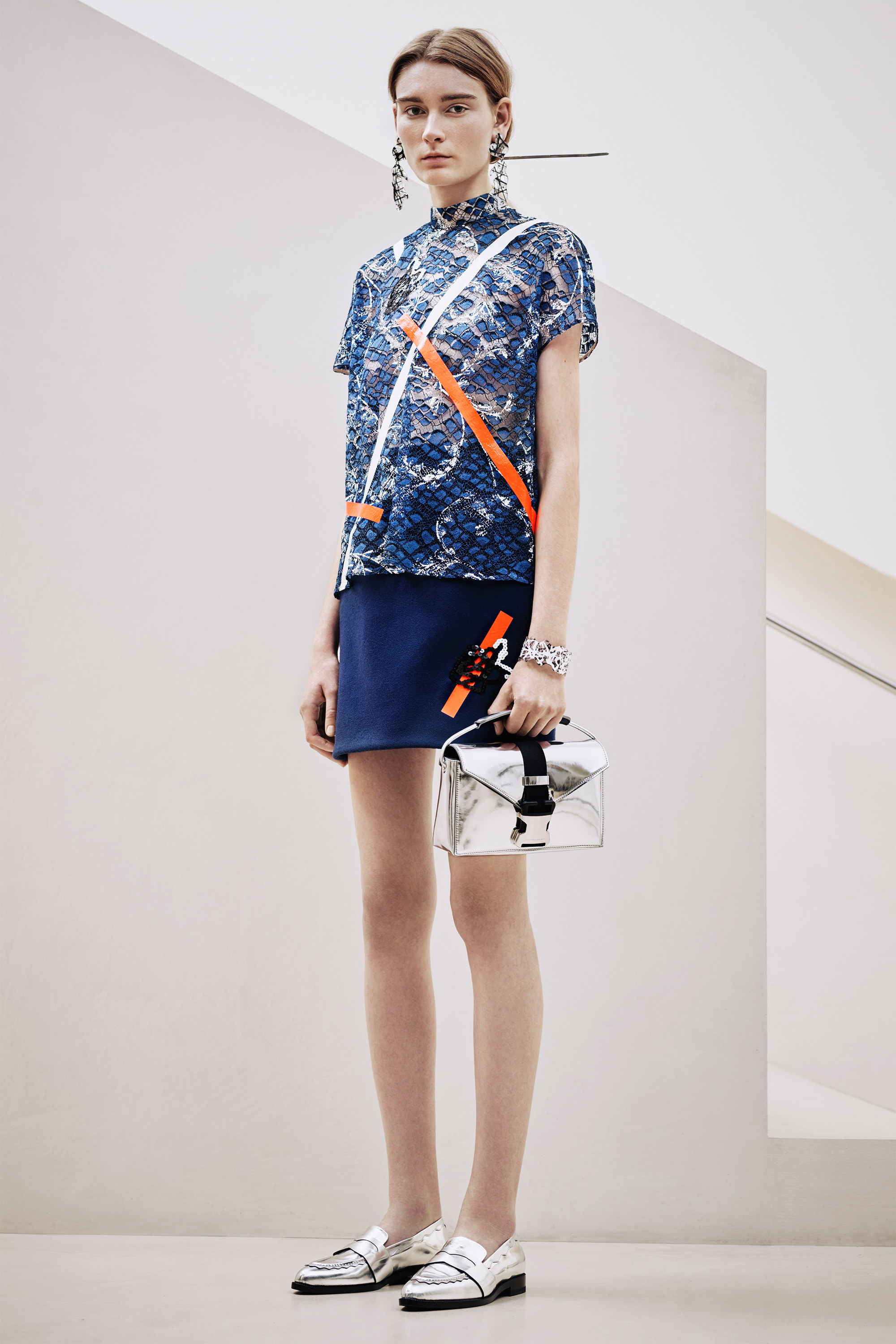 christopher-kane-pre-fall-2016-lookbook-07.jpg
