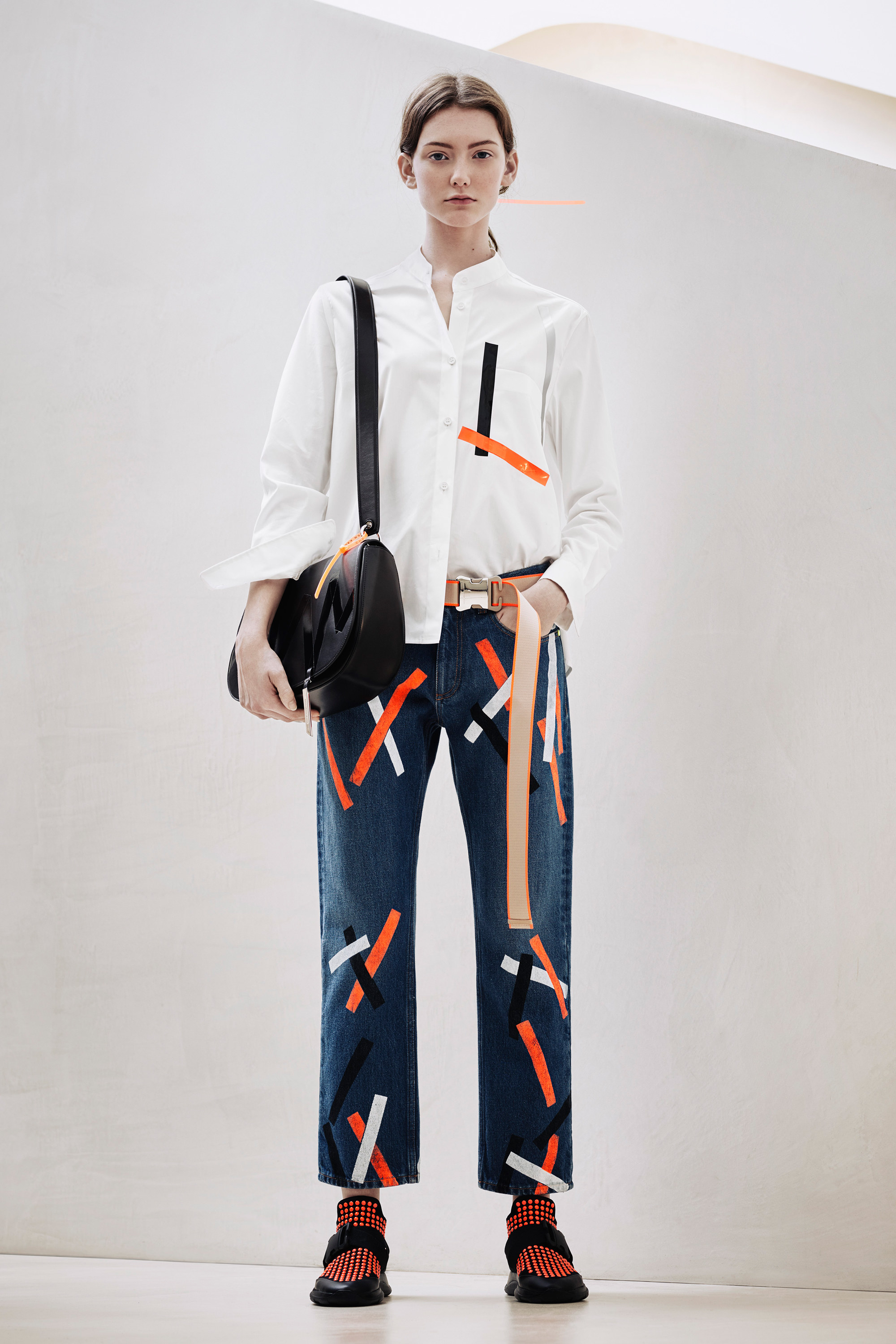 christopher-kane-pre-fall-2016-lookbook-08.jpg