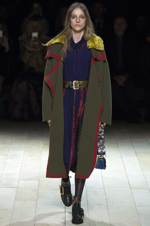 Burberry Fall  2016 London Fashion Week