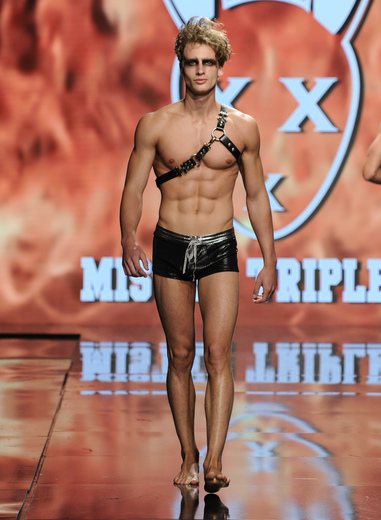 mister triple x la fashion week
