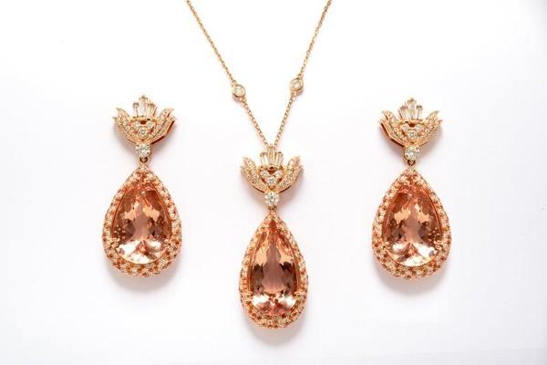 Melanie D Design luxury diamond collection