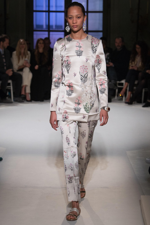 Giambattista Valli Spring 2017 Couture
