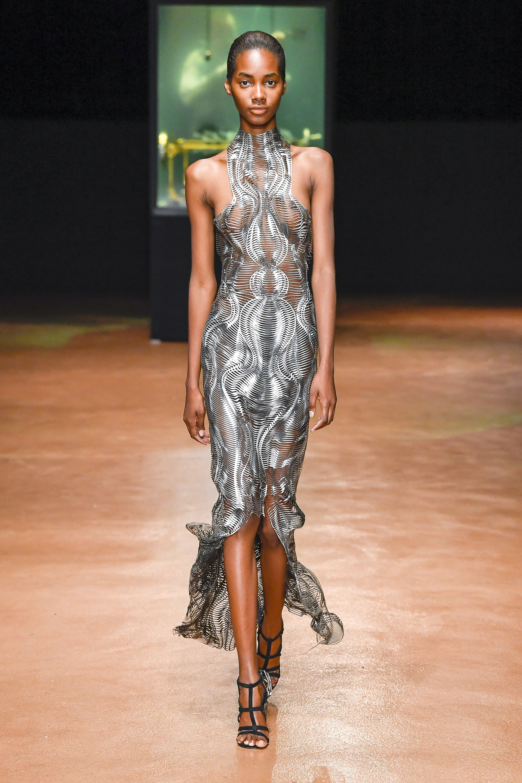 Iris van Herpen Fall 2017 Couture