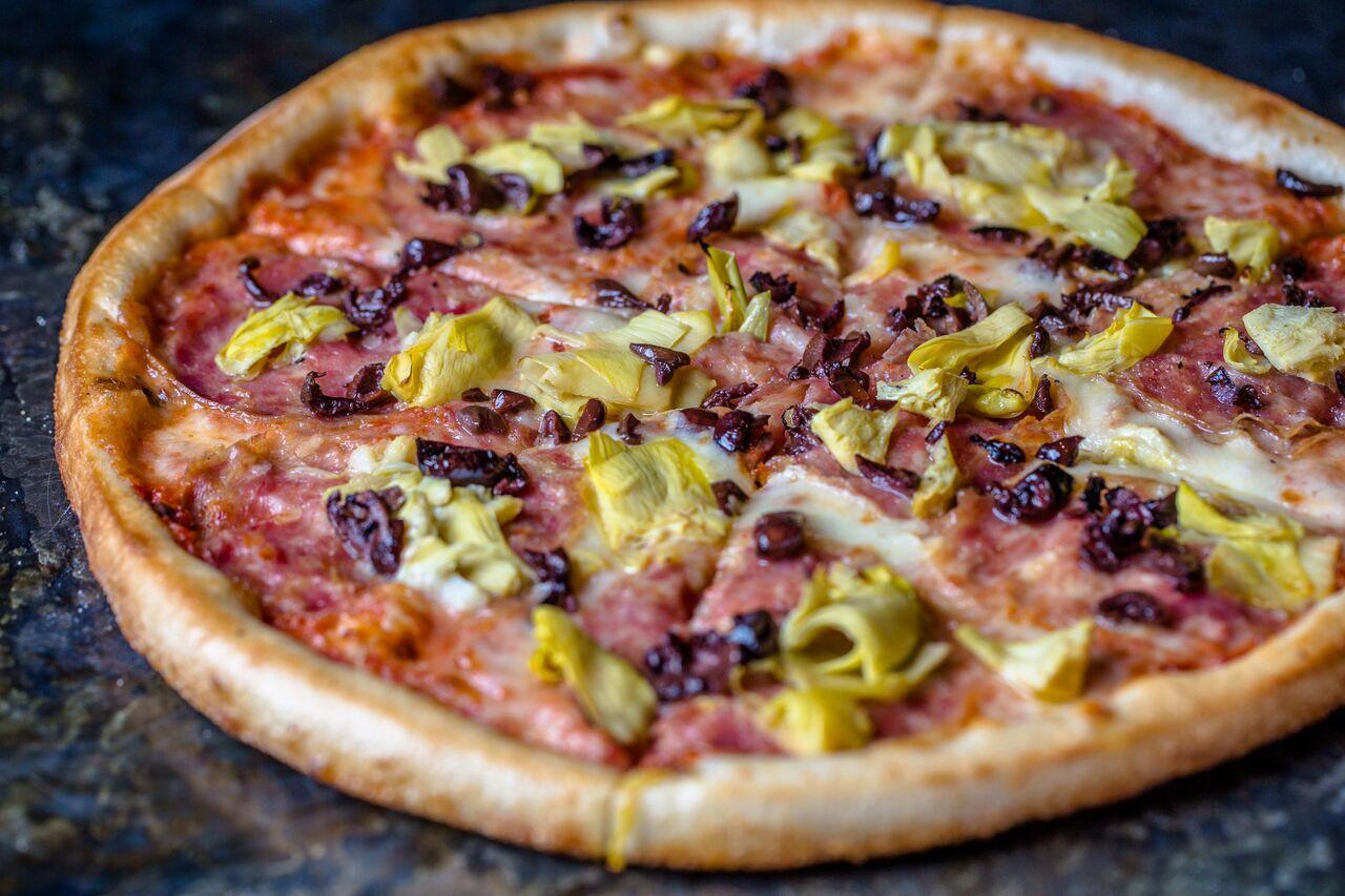 ALLORA pizza