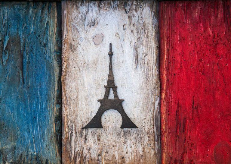 wooden-vintage-art-distressed-flag-france