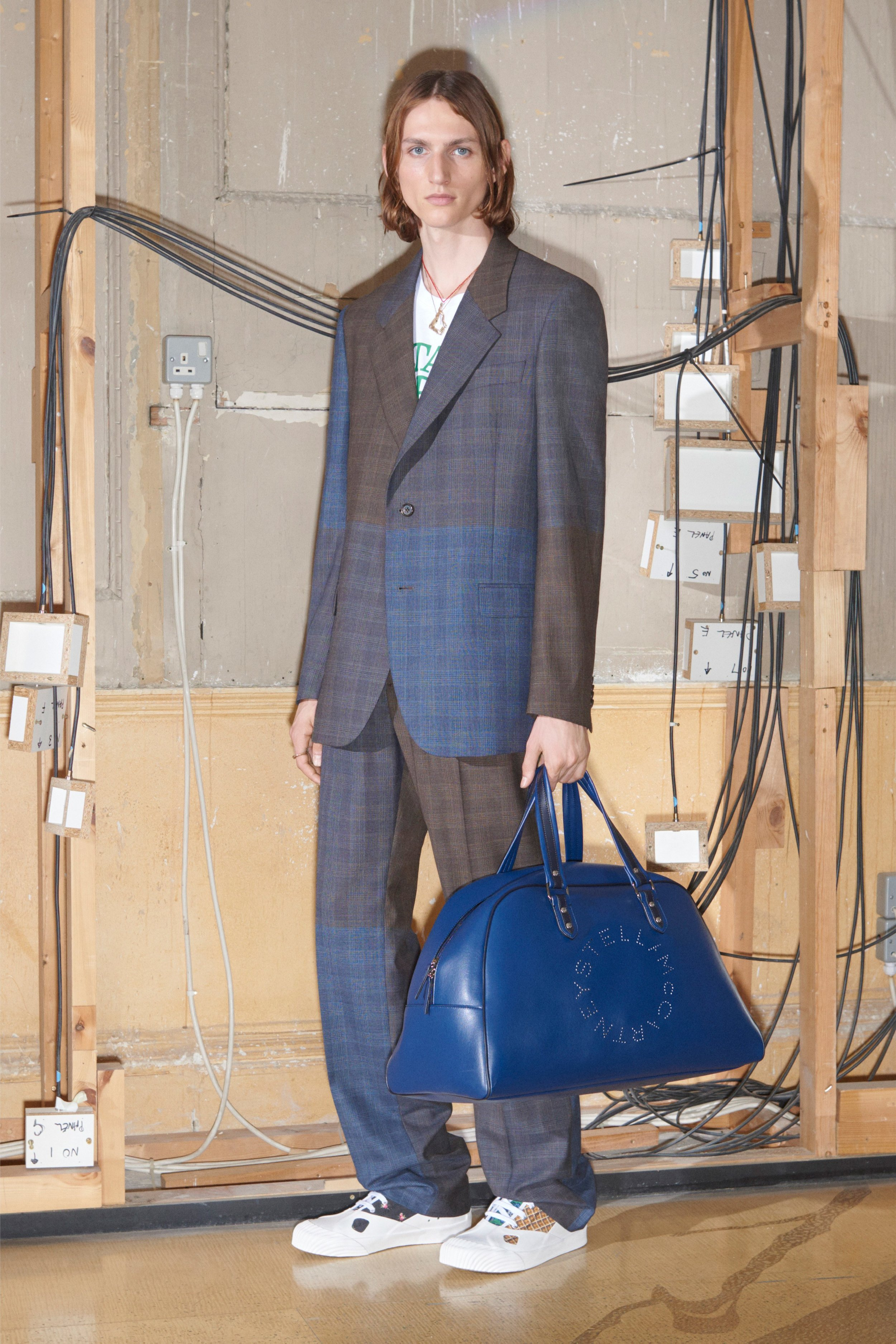 00016-Stella-McCartney-Vogue-Menswear-2019-pr.jpg