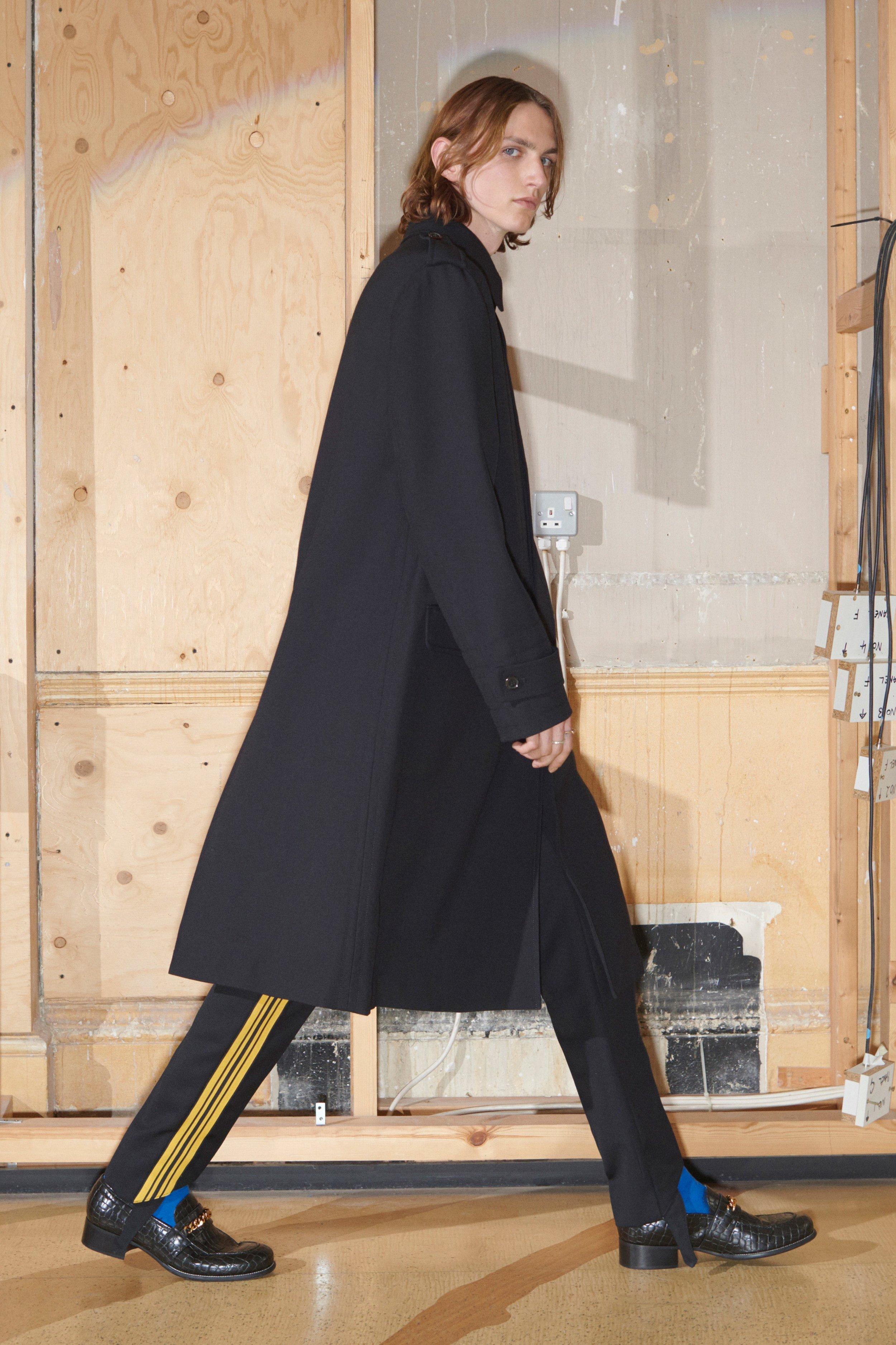 00023-Stella-McCartney-Vogue-Menswear-2019-pr.jpg