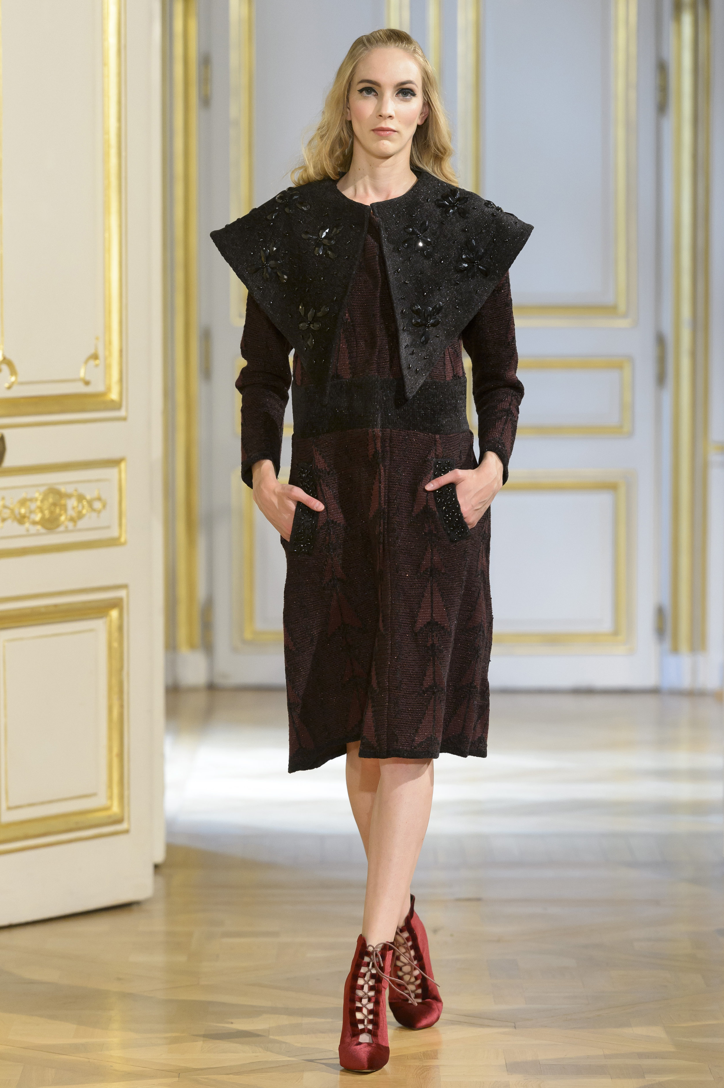 MARIA ARISTIDOU photos defile : fashion show %22Serendipity%22 couture collection automne hiver : fall winter 2018 2019 PFW - © Imaxtree 8.jpg