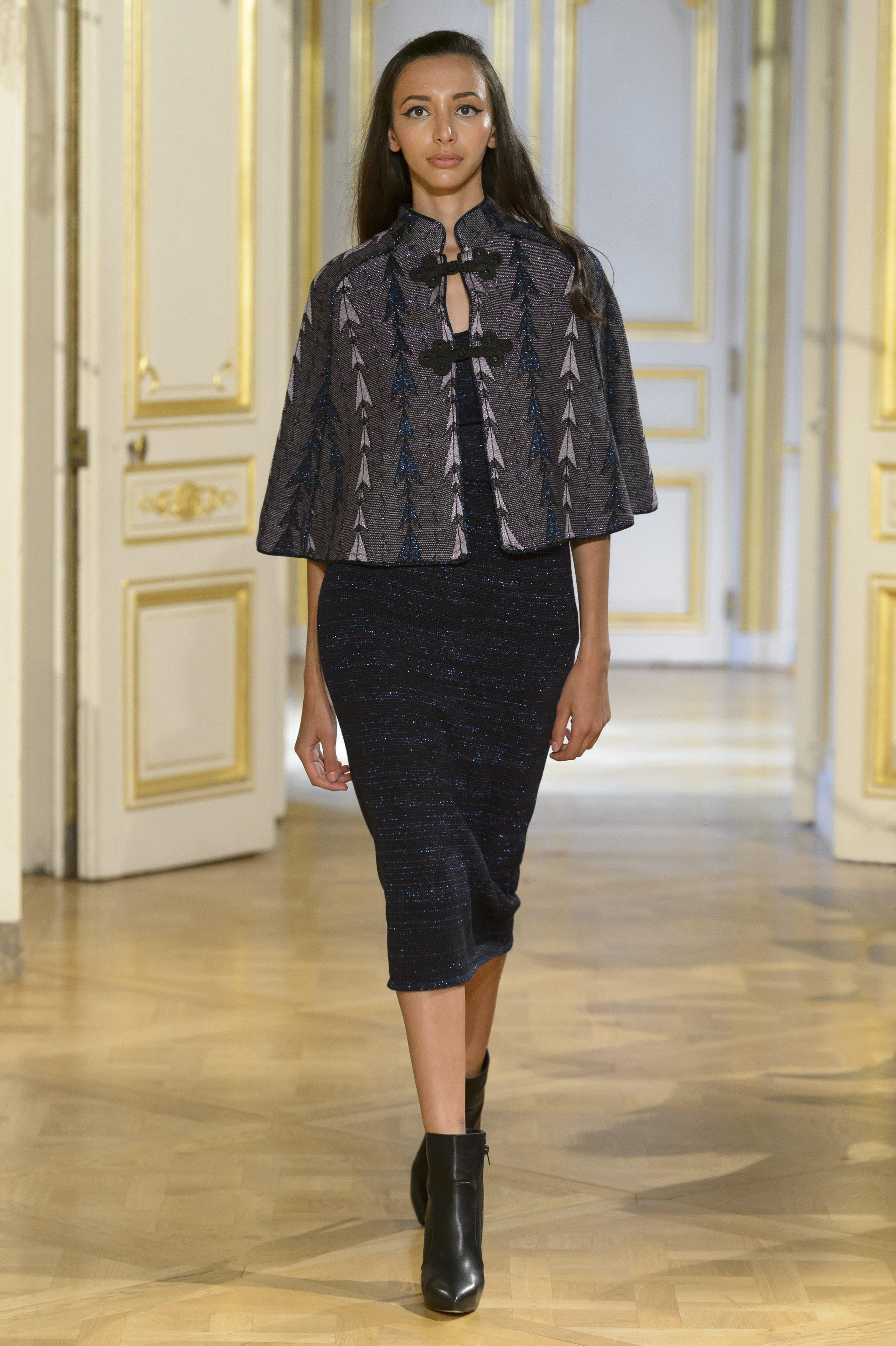 MARIA ARISTIDOU photos defile : fashion show %22Serendipity%22 couture collection automne hiver : fall winter 2018 2019 PFW - © Imaxtree 7.jpg