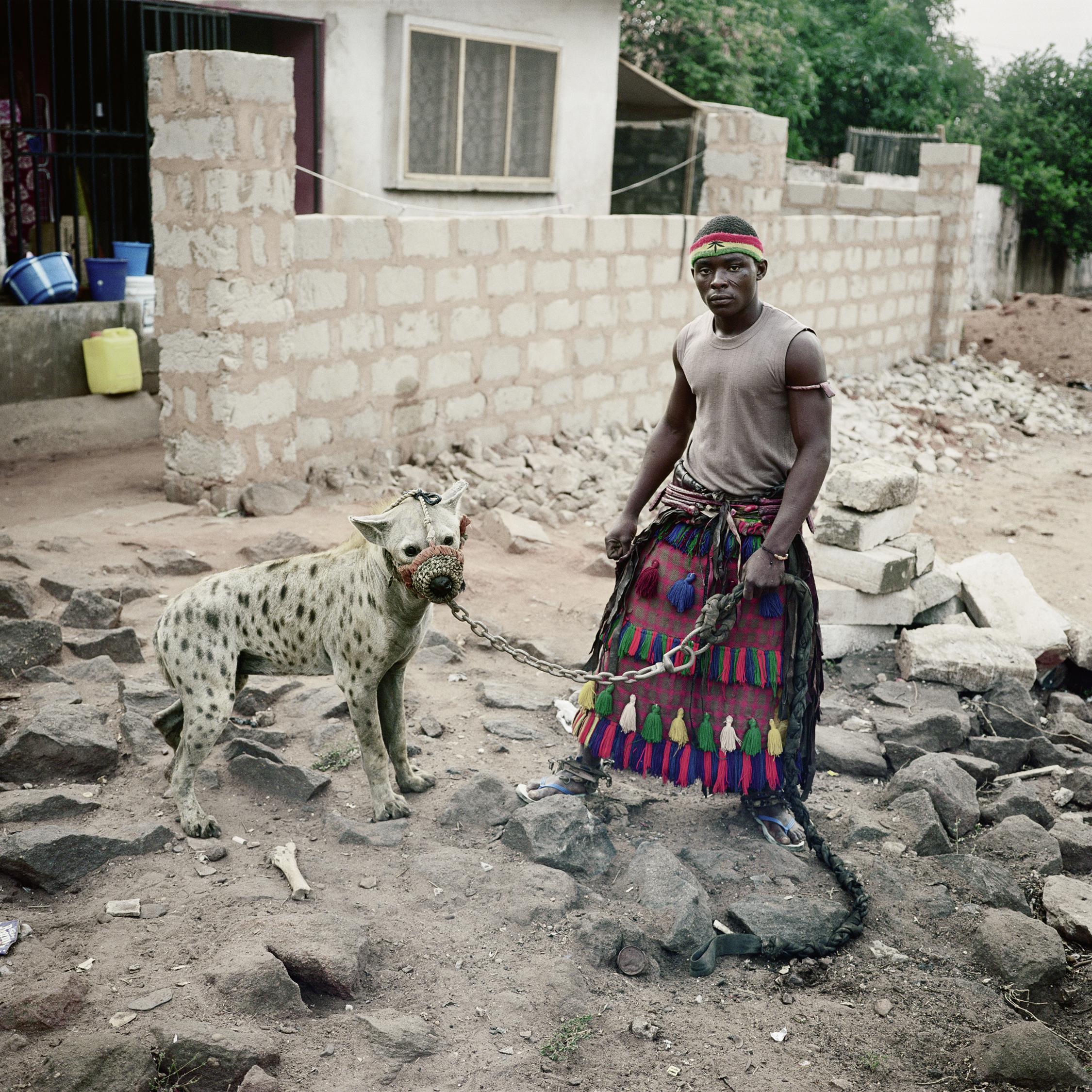 Pieter Hugo_Mohammed Rabiu with Jamis, Asaba, Nigeria (2007) Taylor Collection Denver