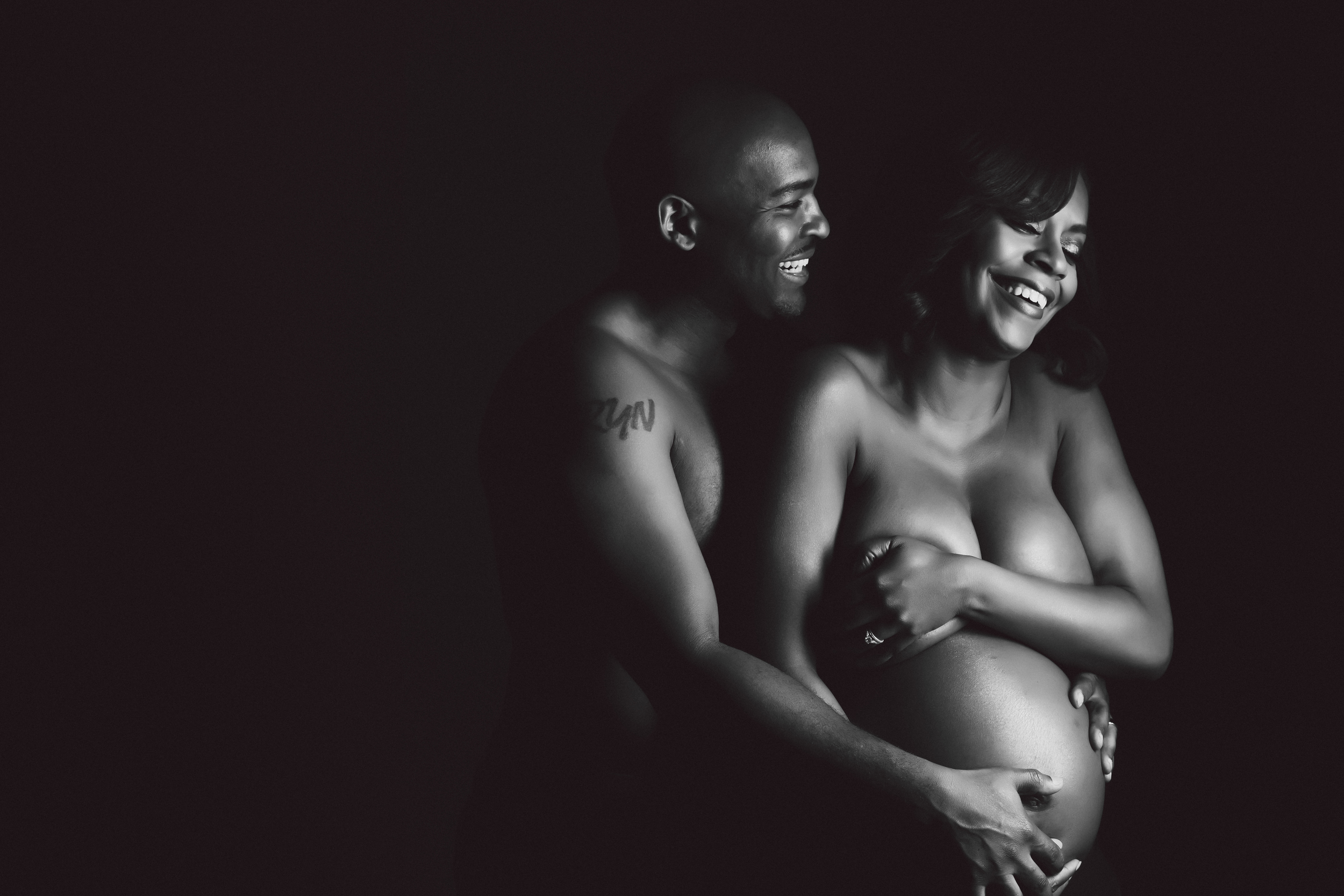 Toryn and Julia Maternity Session-57.jpg