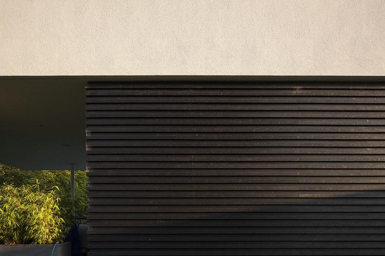 Modern Contemporary Architect Esher Surrey House Pavilion Pilotis