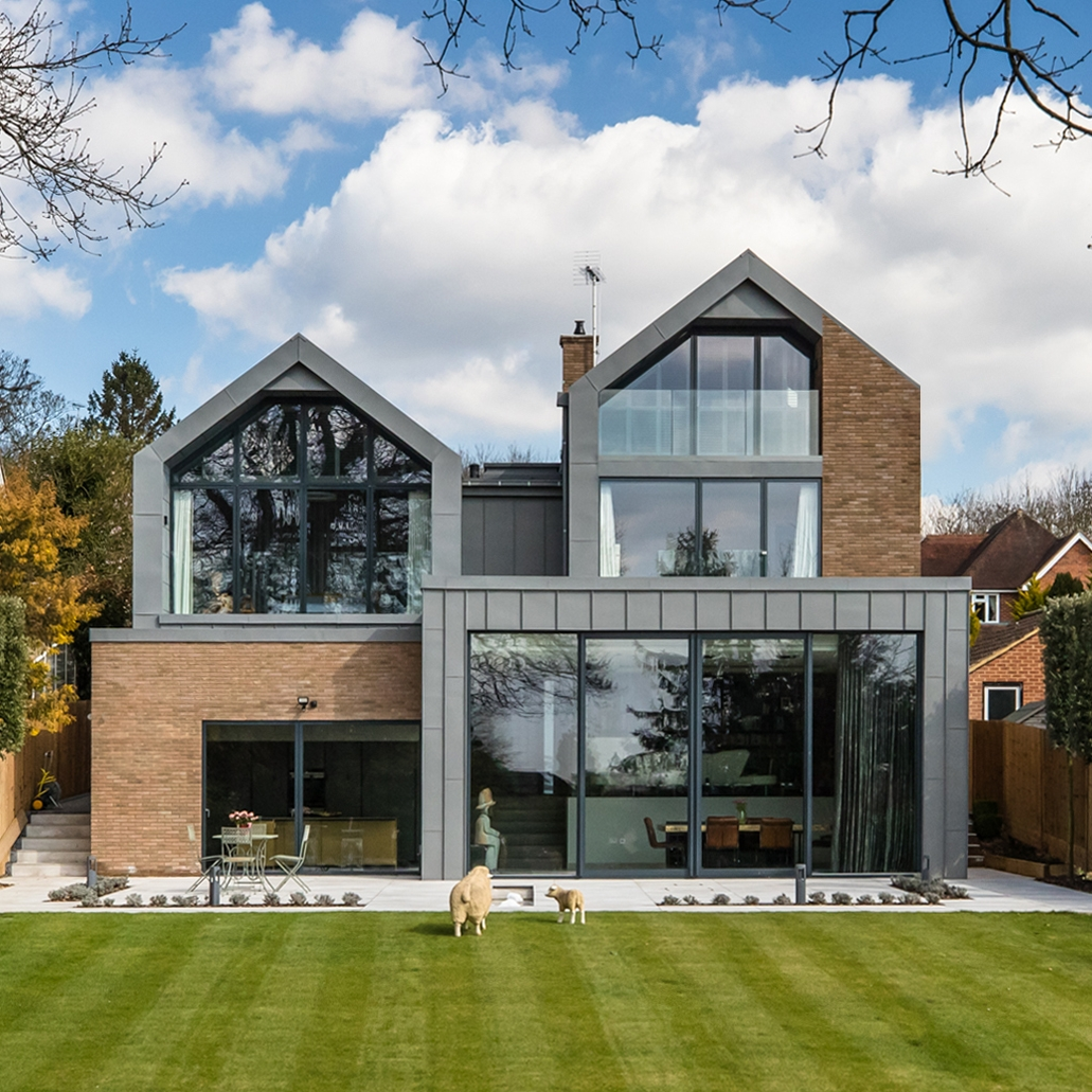 lodge close, cobham, architect, Surrey award, fletcher crane, modern contemporary