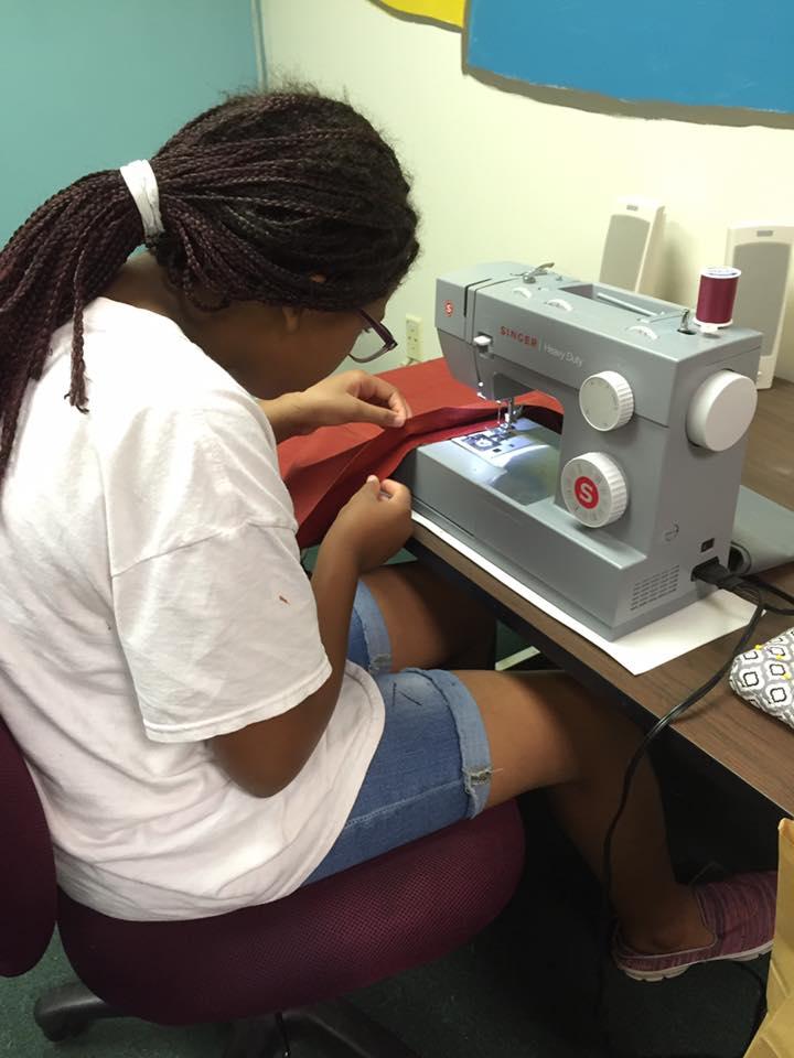 Sewing 01.jpg